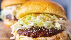 Empresa vegana dona 1 millón de hamburguesas a trabajadores de la salud ante covid-19