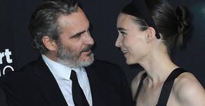 Los actores veganos Joaquin Phoenix y Rooney Mara dan la bienvenida a su primer bebé