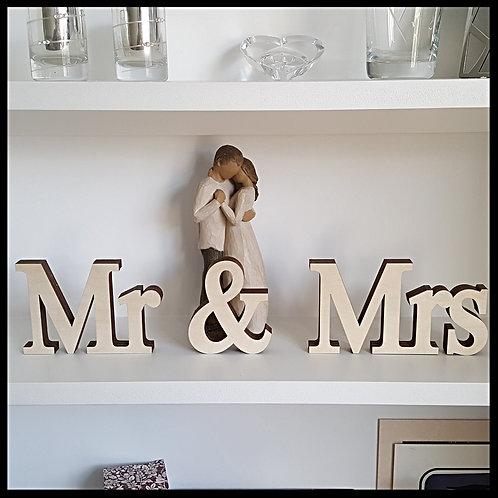 Freestanding Mr & Mrs