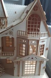 Dolls House bay windows