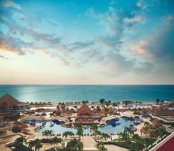 Moon Palace Golf & Spa Resort Signature Shot.jpg