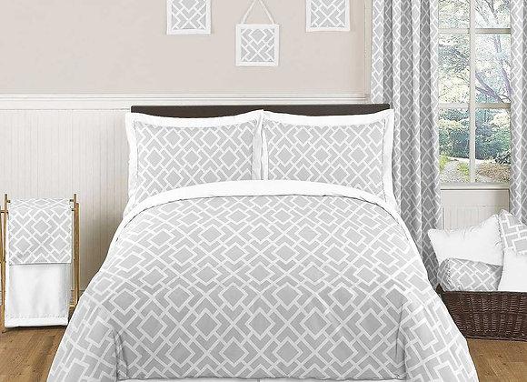 Sweet JoJo Designs Gray and Pink Diamond Quilt and Sham Bedding Set
