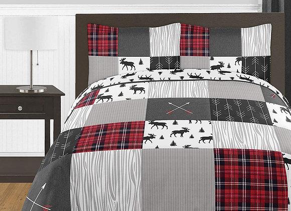 Sweet JoJo Designs Black and Red Woodland Plaid Quilt and Sham Bedding Set