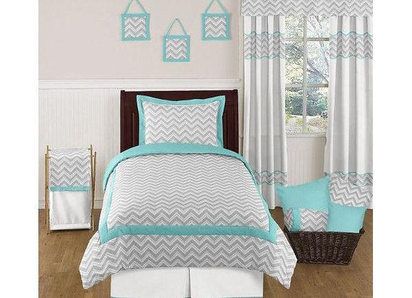 Sweet JoJo Designs Zig Zag Chevron Quilt and Sham Bedding Set