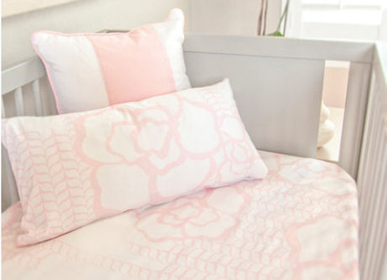 Oilo Capri Jersey Crib Sheet in Blush