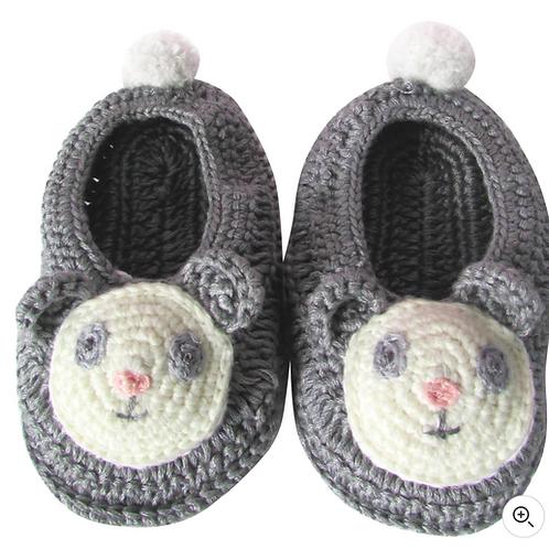 Patuco crochet panda