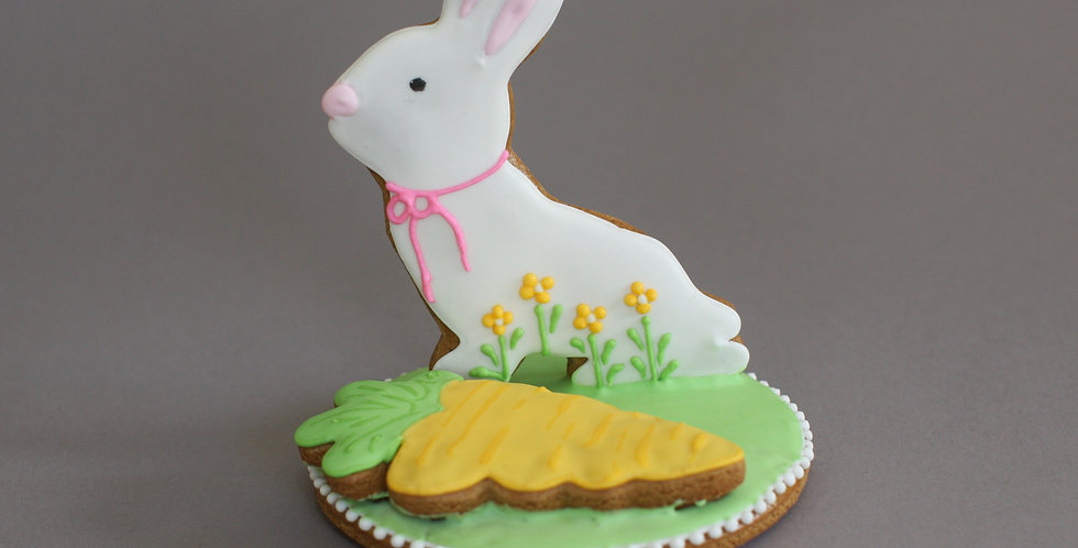 Bunny with carrot (gluten free)