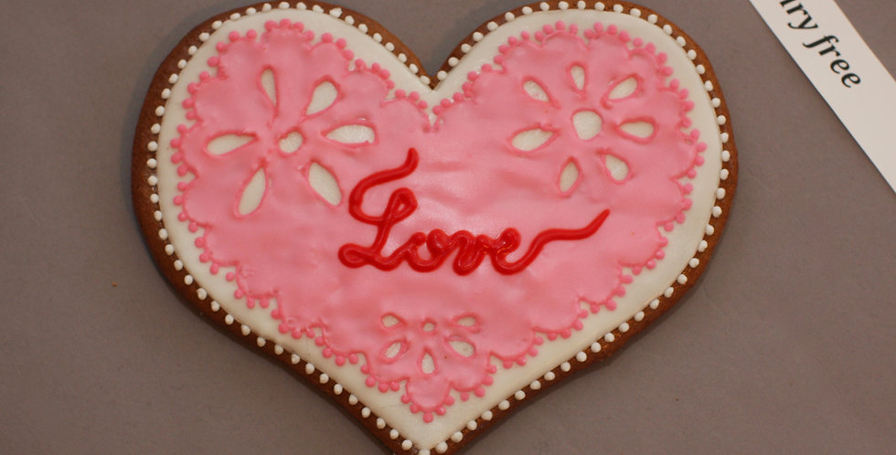 Lacy heart (dairy free)