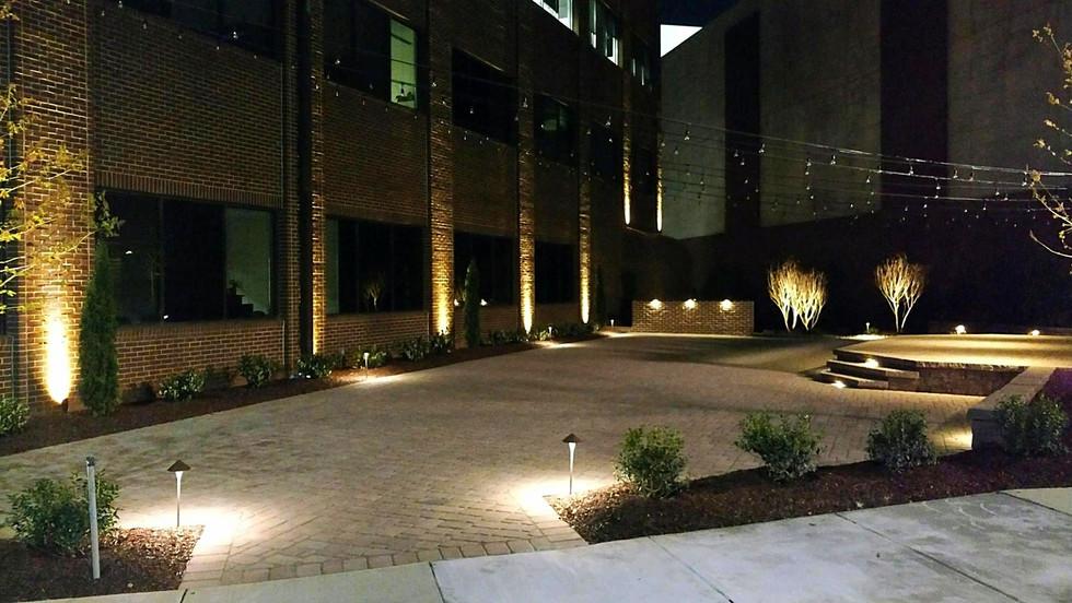 Exterior LED Landscape Lighting (3).jpg