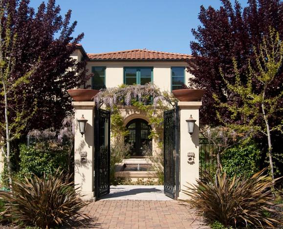Cover - Romanoff Residence.jpg