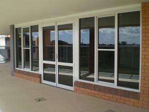 commercial-windows-las-vegas-main2015071