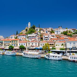 view-on-greek-island-poros-at-sunny-summ