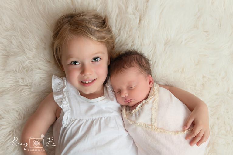 Crowborough baby and siblings photograph