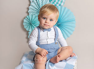 Baby photoshoot Crowborough Hailsham Tun