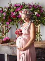 Maternity  bump shoot on location