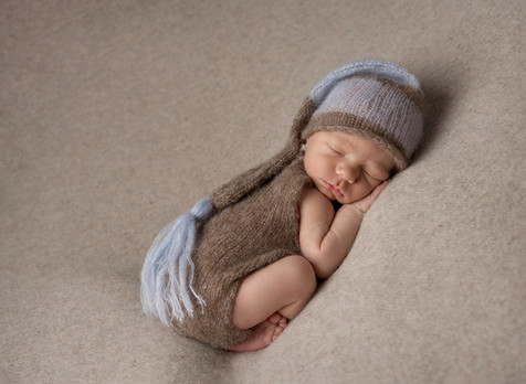 newborn baby photography  Crowborough