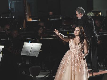 Sonya Yoncheva in La Traviata at Teatro del Maggio