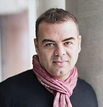 Dr. Guillermo Montoya.jpg