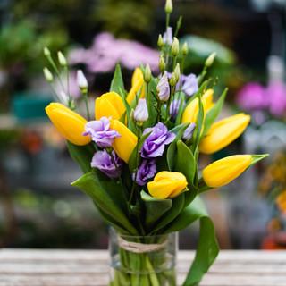 Tulipani e lisiantus