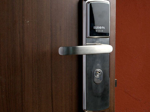 Digital and electronic lock installation
