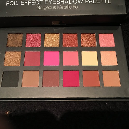 Foil Effect Eyeshadow Pallette