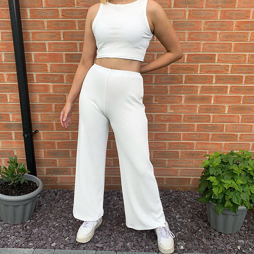 THATS SO.. WHITE RIBBED TROUSER CO-ORD
