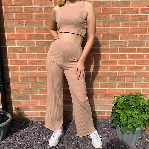THATS SO.. CAMEL RIBBED TROUSERS