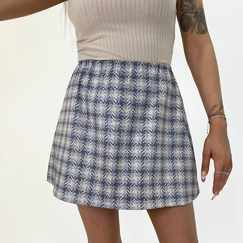 THATS SO.. THE NEUTRAL HOUNDSTOOTH SKIRT