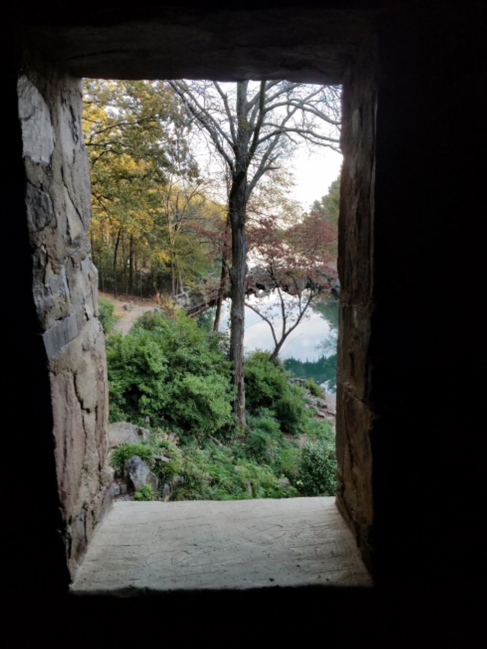 mill-window