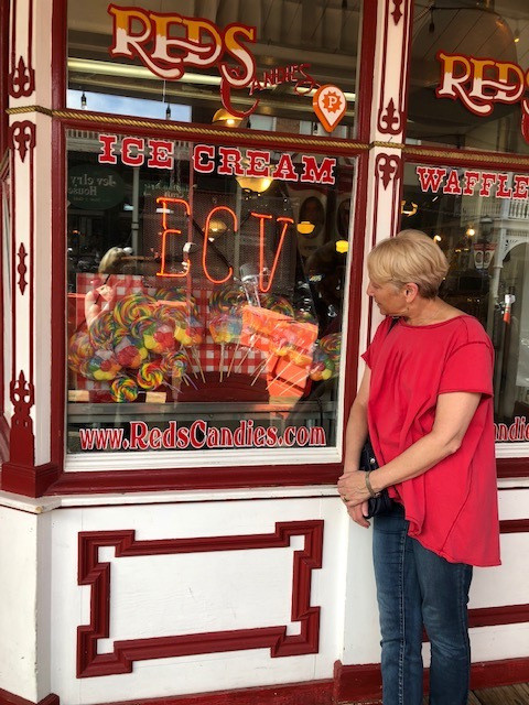 Rorie and Reds Candy store
