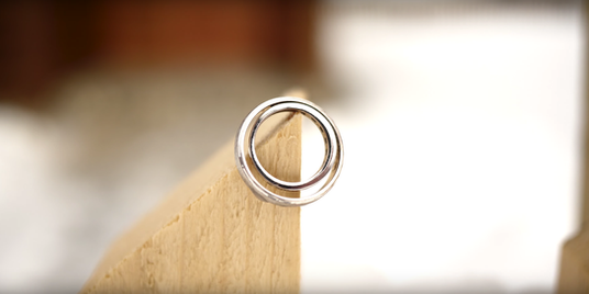 prsten v snehu.png