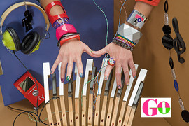 diva-hands-big2.jpg