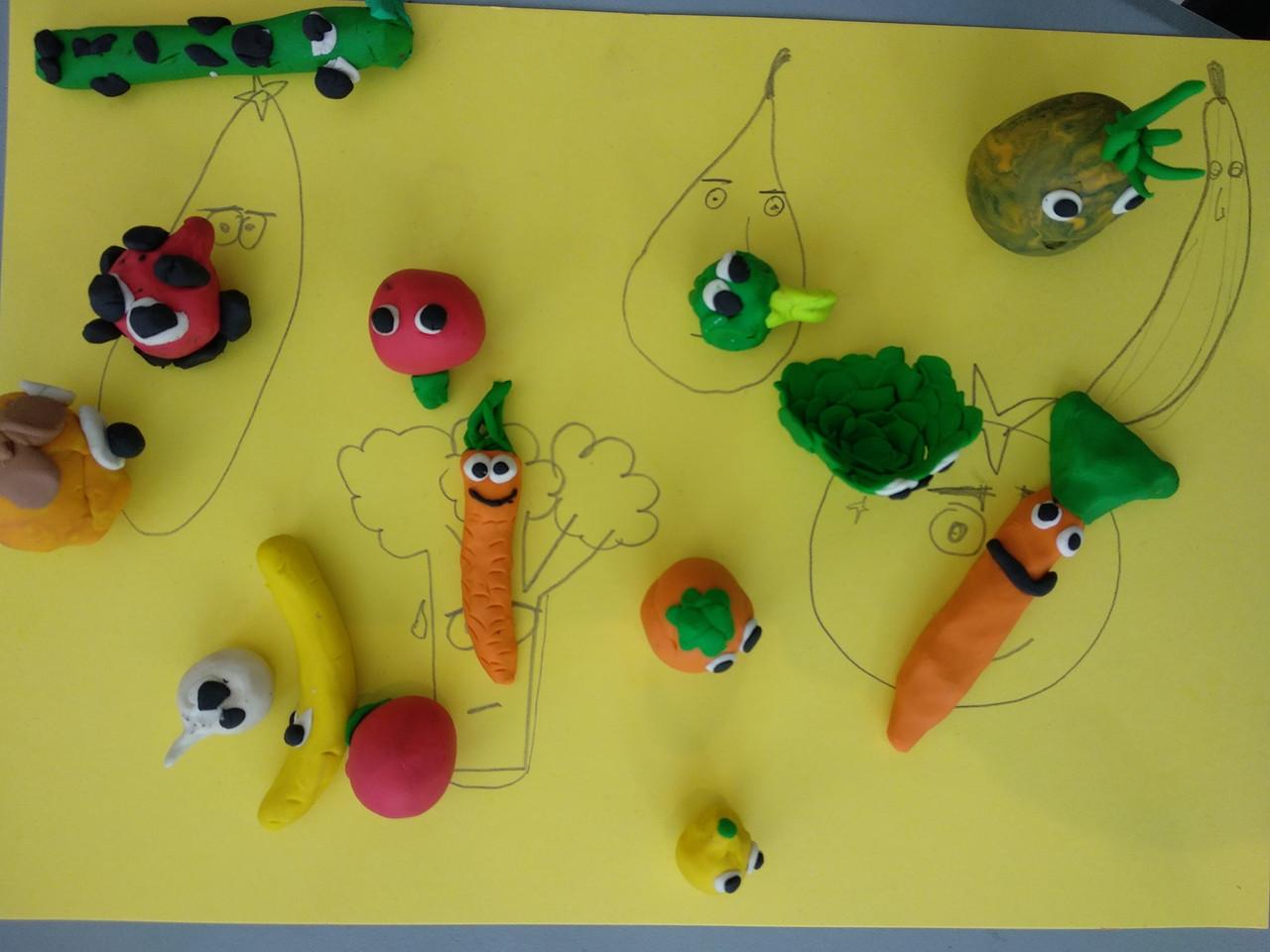 Children's puppets during Thomas Kunstler's animation workshop at Almyra Hotel