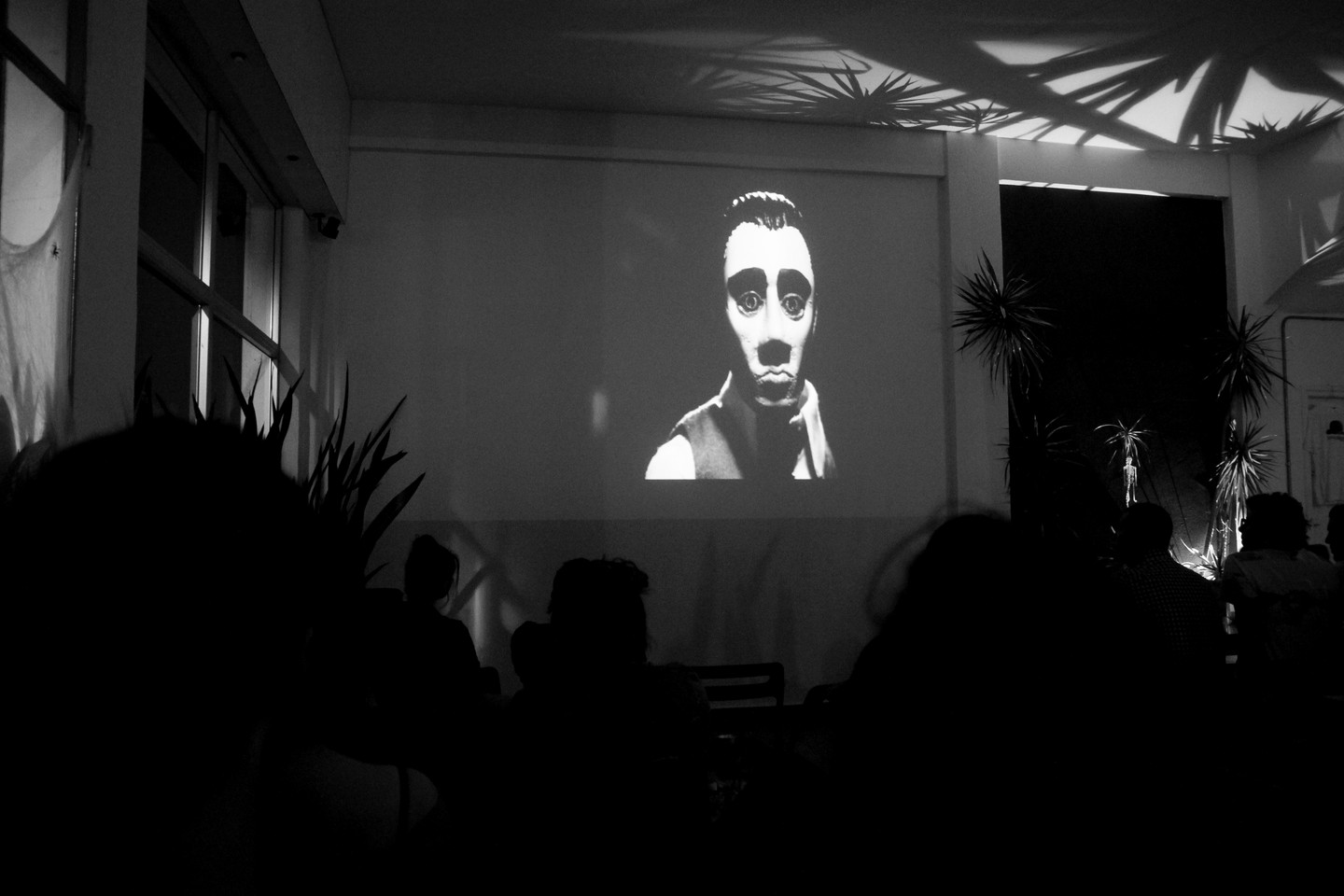 Special Halloween Screening at the Ananas 8bit Coffee, on the 31st of October 2017.