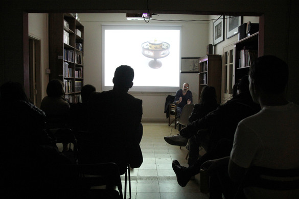 Lecture about the application of research and experimentation in animation narrative by Nicos Synnos, on the 2nd of November 2017 at the Kimonos Art Center.