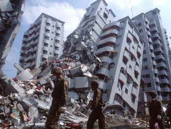 """Piff California Herrera """"State Quake"""""""