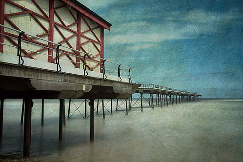 SALTBURN PIER, NORTH YORKSHIRE