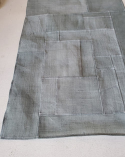 gray moshi pw