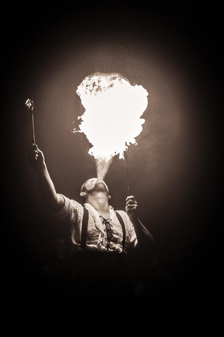 Circus, cirque, cirque du vulgar, vulgar, sexy circus, night out, fire, fire eater, fireeater, fire breather, firebreather, fire breathing, pyro, pyromaniac, circus tricks, cornwall circus, burlesque, cabaret, manchester circus, uk circus, birmingham circus, circus near me, performer, theatre, circus skills, circus show, show, event photography, entertainment, circus every damn day, dragon breath, fire toys, danger, stunt, stuntman, sideshow, big top, circus tent, cirque du beans, antonio candela, frank and beans