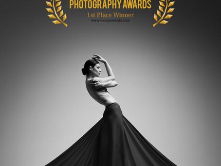 Gewinn der Fashion-Kategorie bei den Monochrome Awards 2020