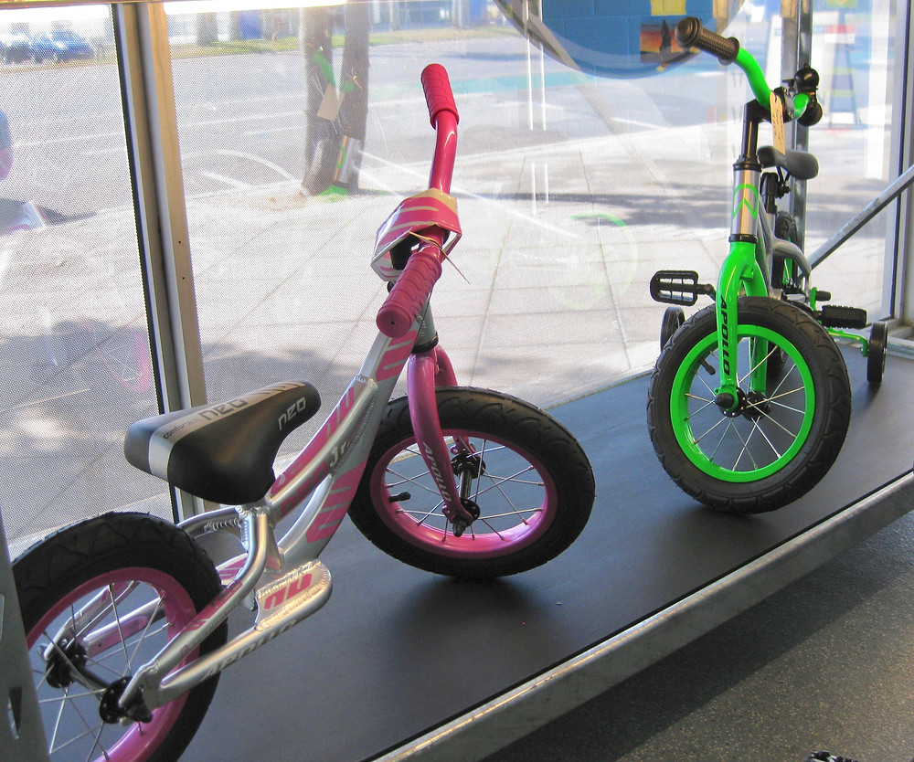 Apollo Neo - bikes for kids - balance bikes