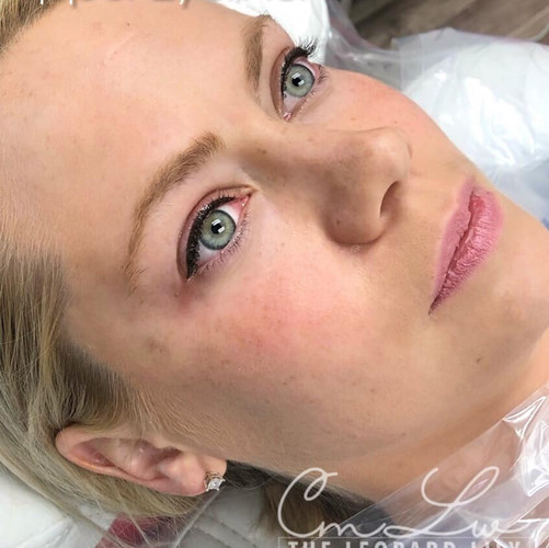 Permanent Eyeliner Procedure 1.jpg