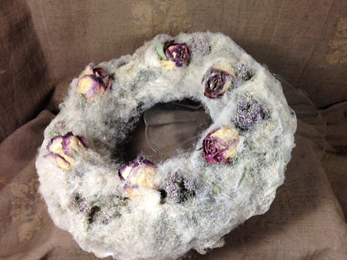 'Miss Havisham' cake Wreath