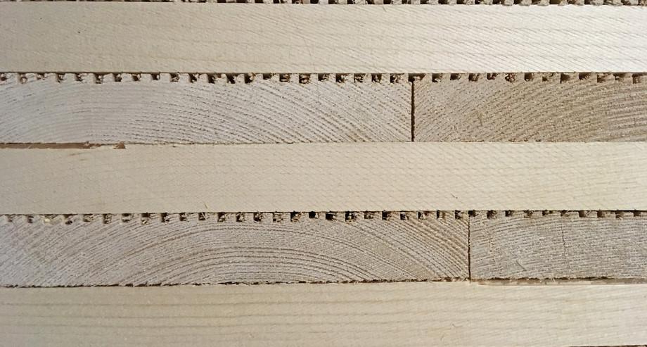 Querschnitt Massiv-Holz-Mauer®