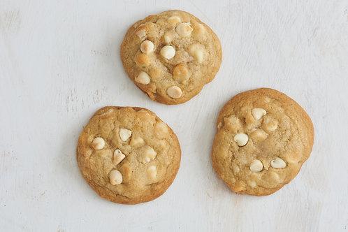 White Chocolate Mac Nut (6 cookies)