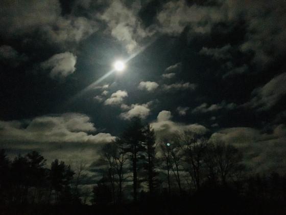 Full Moon Bath