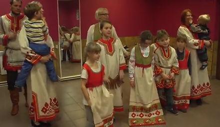 Семейный фольклорный ансамбль.jpg