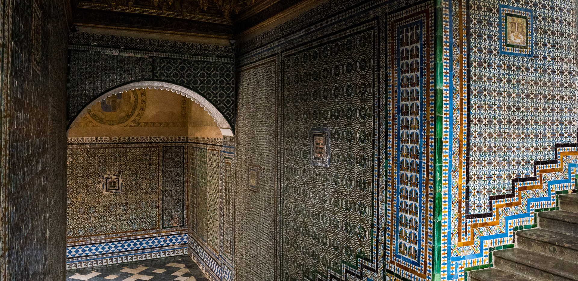 Seville-09.jpg