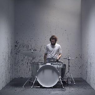 Drums_bearbeitet.jpg