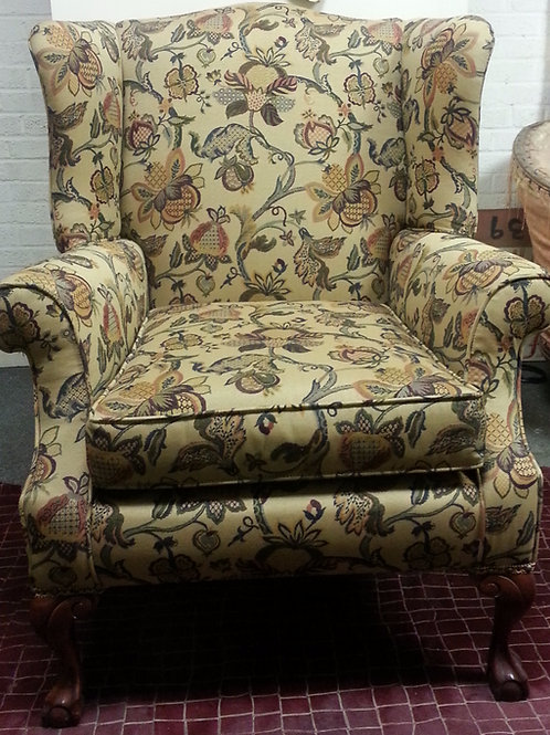 Antique / Vintage Queen Anne Chair